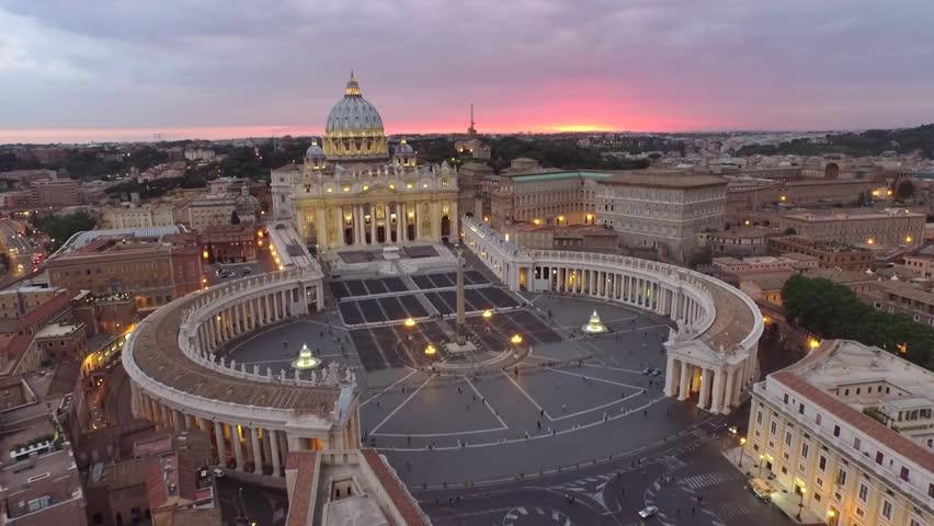 Looking down over Piazza San Pietro in Vatican City HD