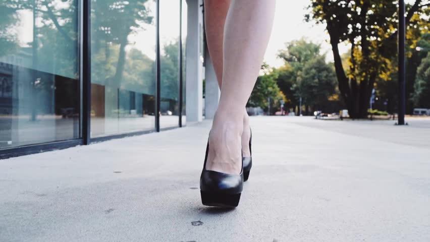 high street Legs heels