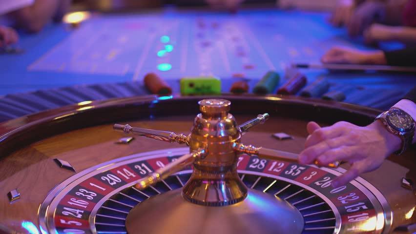Roulette ball landing