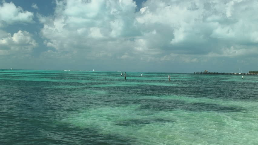Stunning View of waves, Isla Mujeres