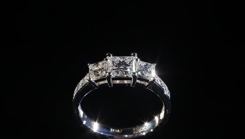 Black diamond wedding rings for her
