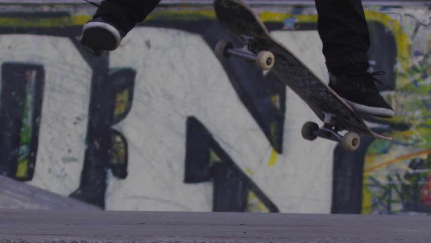 Skateboard Trick in Super Slow Motion