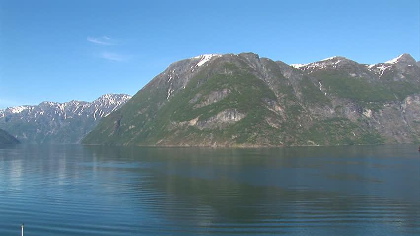 Norway hellesylt travel destination for cruise ships for Define scandinavian