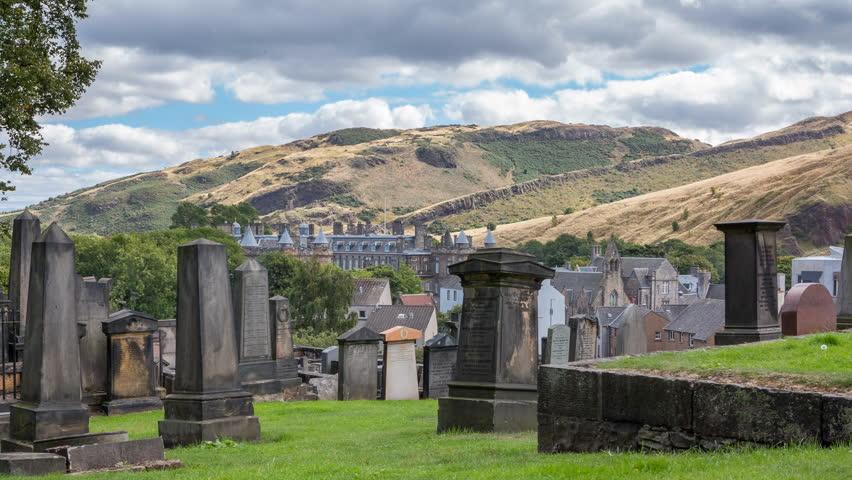 Edinburgh cementery with tombs skyline Timelapse