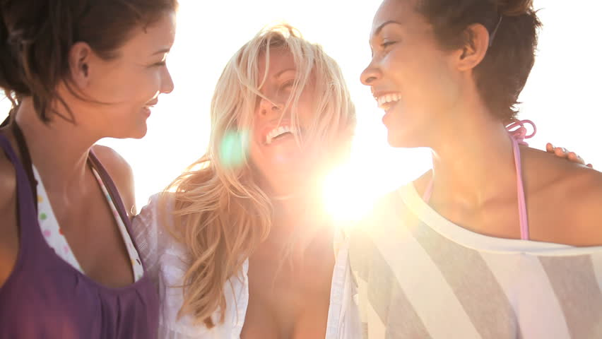 Three Women Laughing on The Beach : Close-up