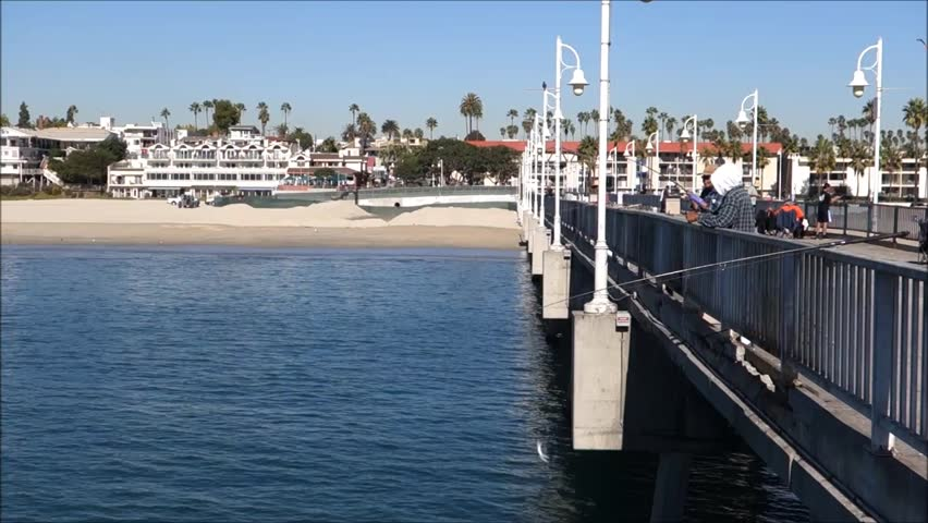 Long beach ca november 7 2014 people on long beach for Long beach sport fishing